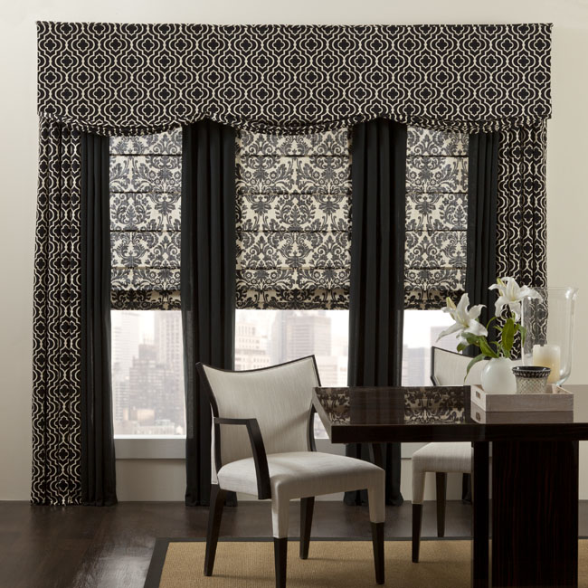 Panels Curtains Valance And Roman Shade Photography In A Dining Room Setting East River Studio New York Home